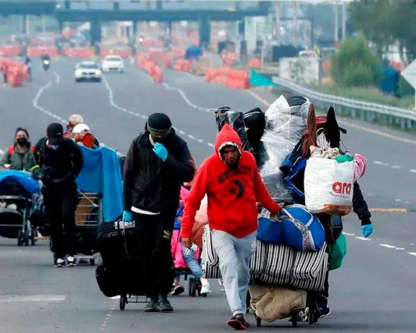 venezolanos peru caminantes