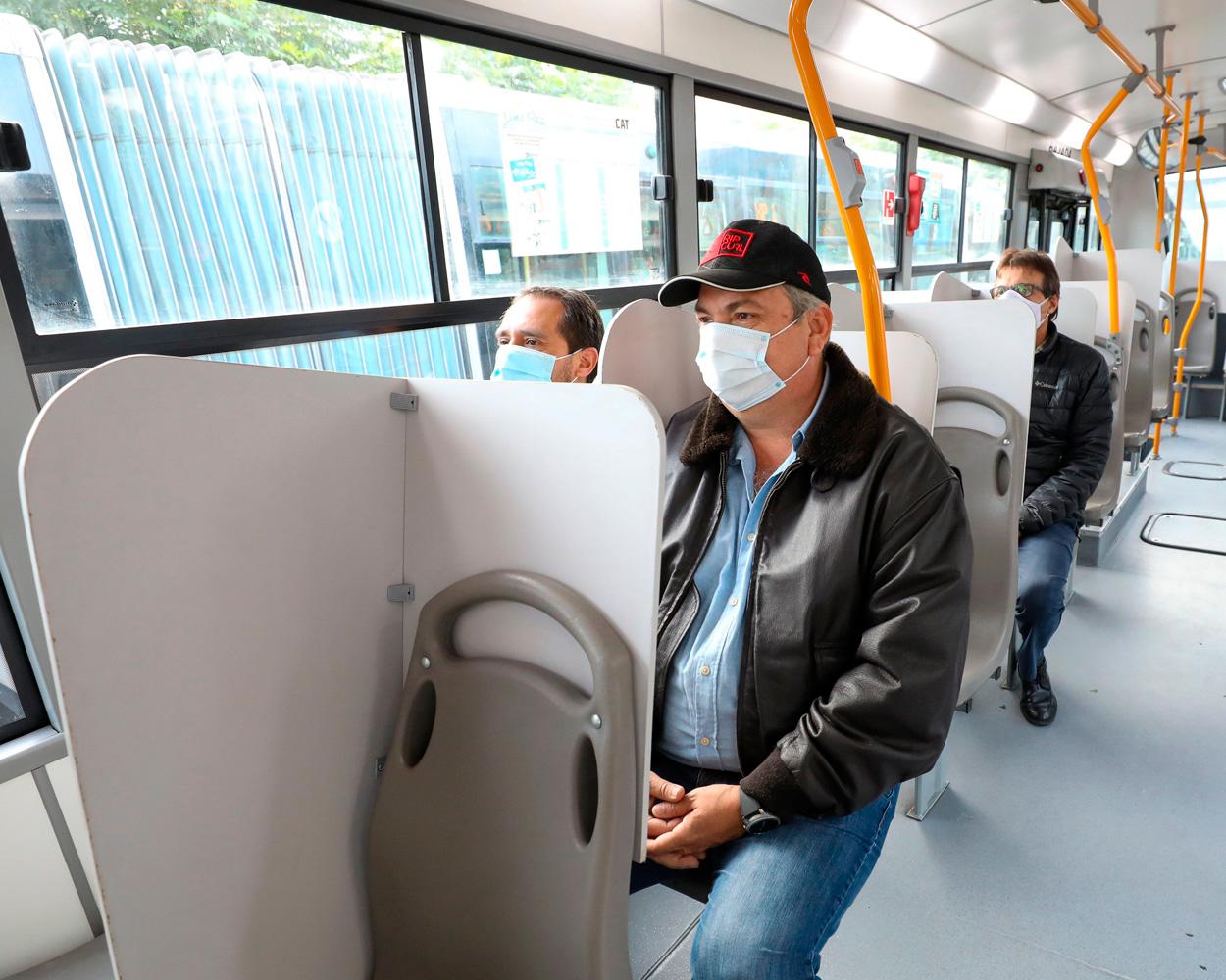 Separadores transporte publico