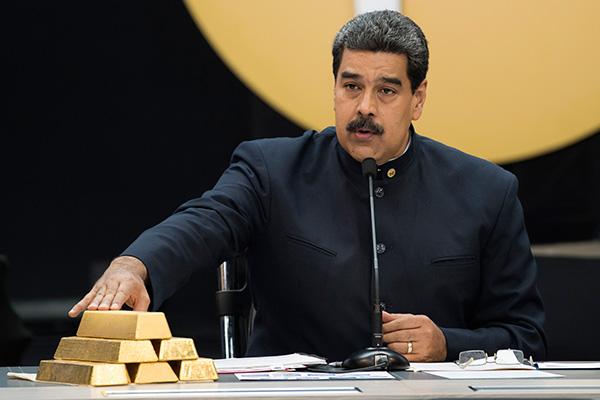 Nicolás Maduro oro