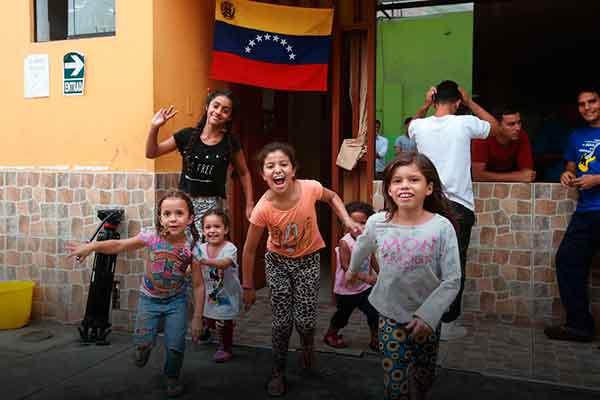 niños venezolanos SIS