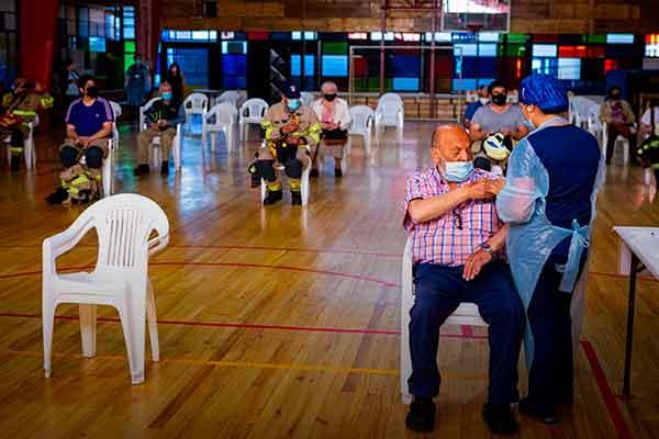 vacunación venezolanos en Perú cuando