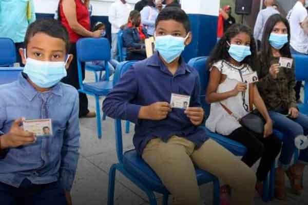 Cédula identidad Venezuela niños Perú