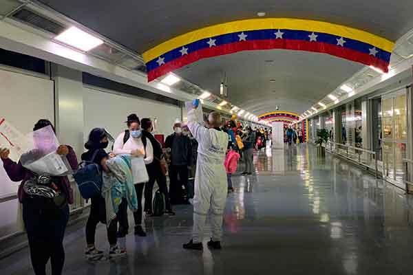 vuelta a la patria Perú Venezuela