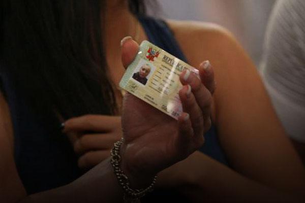 ptp carnet de extranjería venezolano Perú