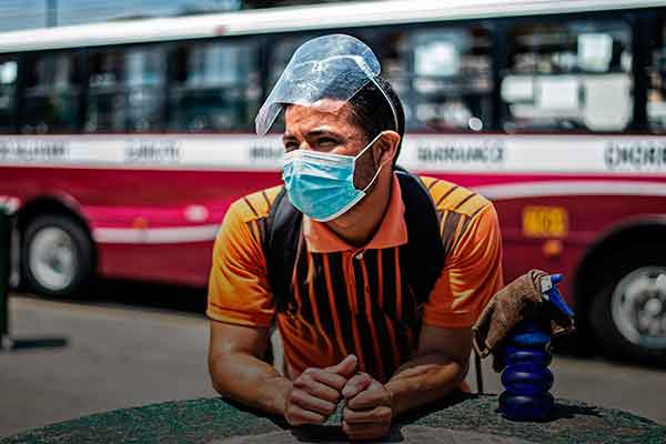 residencia humanitaria venezolanos Perú solicitantes refugio
