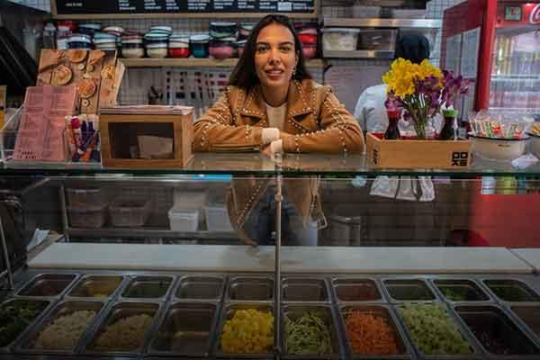emprendedora venezolana Perú sueldo