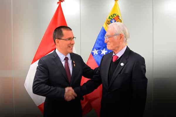 Venezuela Perú Arreaza relaciones