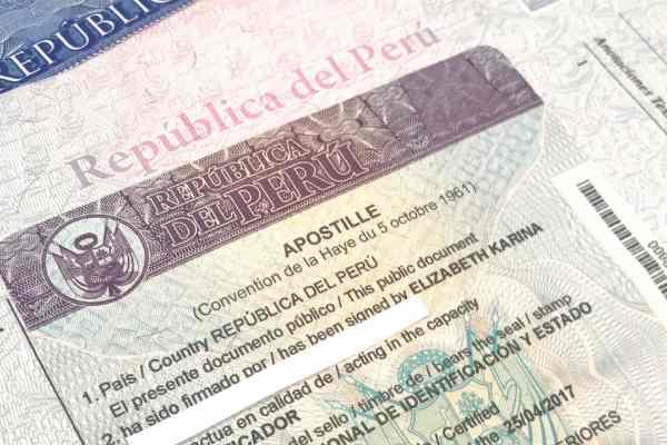 Apostilla Perú acta nacimiento venezolanos