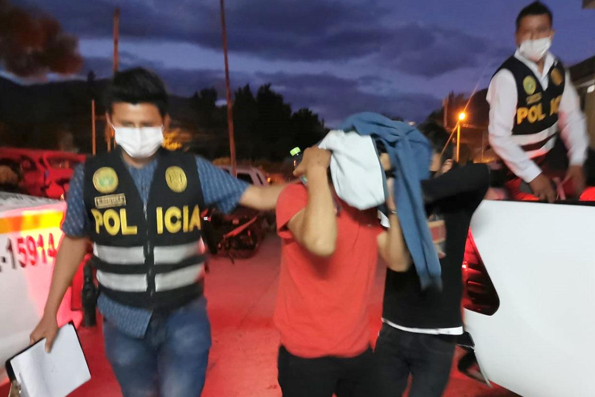 venezolanos robo celular Lima santa anita