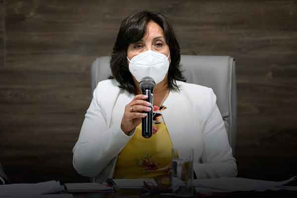 Vicepresidenta dina boluarte venezolanos Perú Trujillo